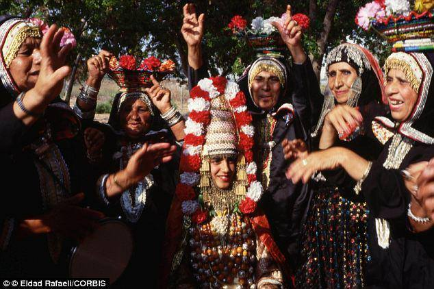 8 yaşlı kız evlendi
